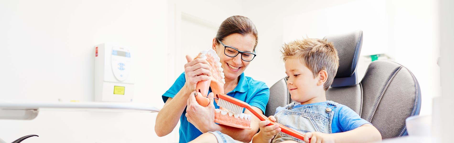 Zahnarztpraxis Dr. Sonja Goupil - Parodontologie 1